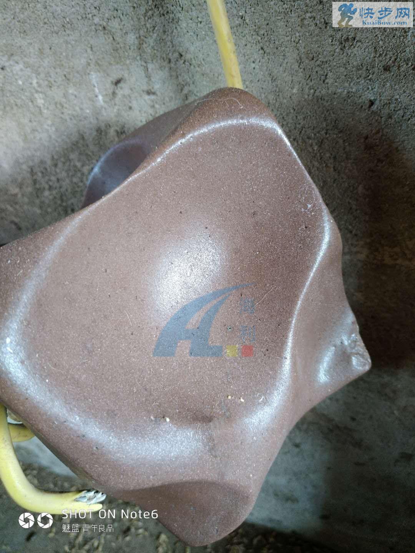 海利富硒营养强化微量元素加固牛羊舔砖舔块盐砖盐块生产厂家