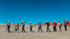 在穿越军玄奘之路戈壁站,去创造一个徒步108公里的传奇吧!