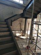 北京专业承接钢结构室内楼梯制作安装等钢结构工程